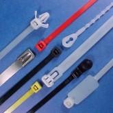 Coliere din plastic speciale